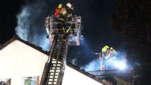 ألمانيا : حريق ضخم في مبنى سكني و إجلاء عشرات السكان