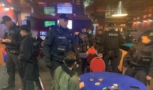 ألمانيا : السلطات تشن أكبر مداهمة ضد عصابات سطو شمالي البلاد