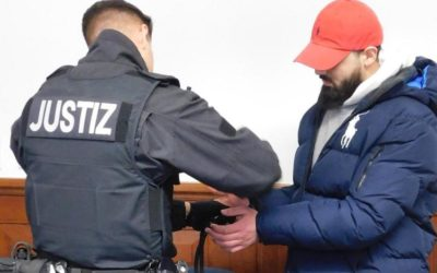 "ألمانيا : صدور حكم بحق سوري "" عض "" شرطياً"