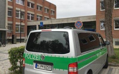 ألمانيا : محاكمة سوريين ضربا عراقياً و ألقيا به أمام حافلة