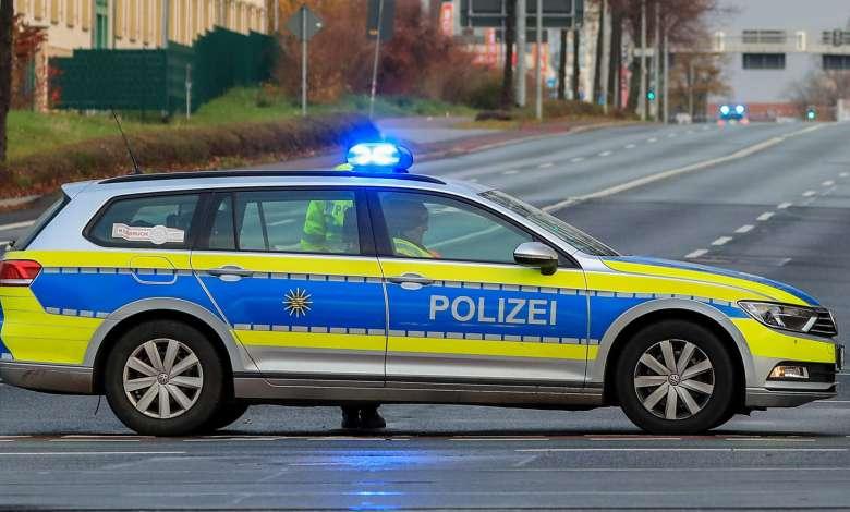 في مدينة ألمانية .. سوري يقود سيارةً تحت تأثير المخدر يصطدم بثلاث سيارات
